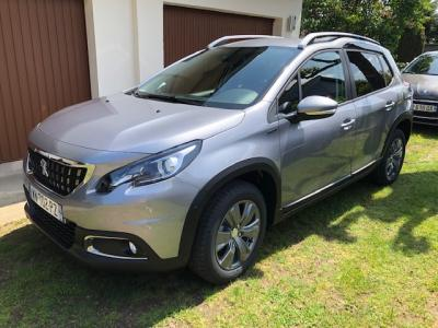 Photo Peugeot 2008 Signature Puretech 110